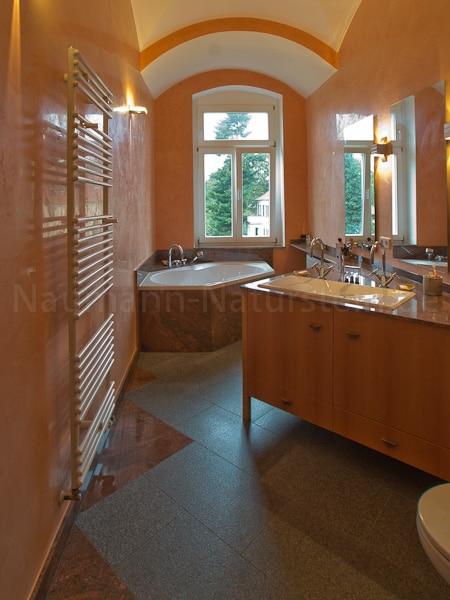 Naturstein-Bad-Wanne-Multicolor-Nero-Impala.jpg