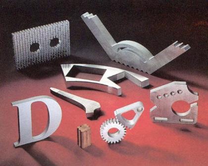 Wasserstrahlschneiden-Metall.jpg